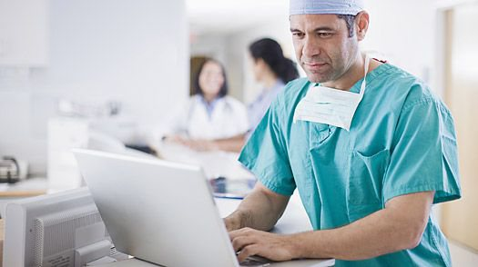 Top 5 Reasons to Utilize EMR Software