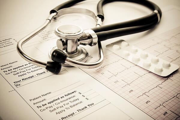 Medical bill with insurance coverage not slowed down by laboratory billing