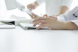 Cloud-Based EHR vs. Traditional EHR: 4 Key Differences